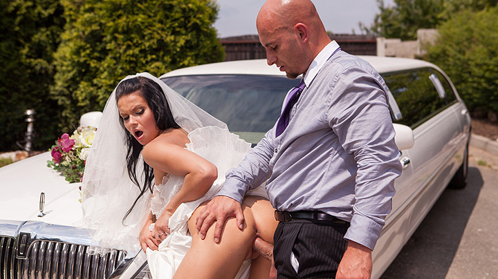 Cheating bride gets fucked